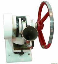 小型压片机/旋转式压片机:制药机械压片机
